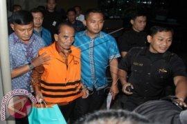 Gubernur Riau Resmi Tersangka