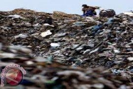 """DPRD Bali lakukan sidak """"antrean sampah"""" TPA Suwung"""