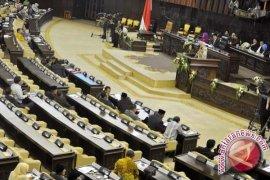 MPR tunda pemilihan pimpinan hingga Selasa
