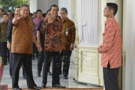 SBY Paparkan Fasilitas Istana Kepada Jokowi