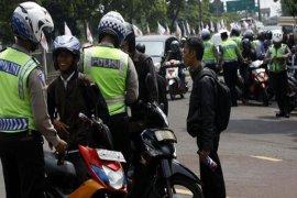 Waduh, Anggota DPRD Karawang Kena Tilang