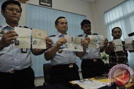 Imigrasi Singaraja Perketat Permohonan Paspor Bagi TKI