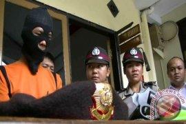 Polisi Sukabumi tangkap anggota intelijen gadungan