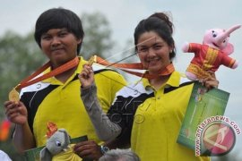 Atlet Indonesia Peraih Emas dapat Bonus Beasiswa