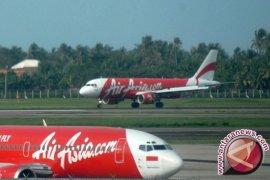 Pesawat AirAsia dari Australia mendarat darurat