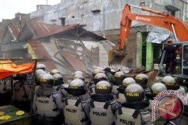 Ratusan kios di tanah PT KAI digusur di Aceh Utara