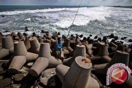 Abrasi Ancam Dua Pulau di Makassar