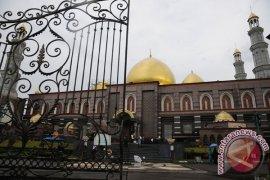 Pendiri Masjid Kubah Emas Hj.Dian Djuriah Rais meninggal dunia