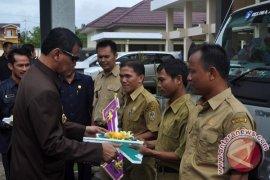 14 Desa Melawi Dapat Truk Bantuan Kementerian PDT