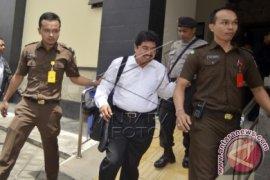 Mantan Bupati Klungkung Didakwa Terima Gratifikasi Dermaga