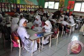 Sekolah di Aceh Barat kembali aktif Senin