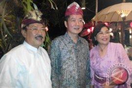 Seniman Tiongkok Marakkan Imlek di Bali