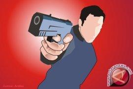 Anggota Polsek Kembangan baku tembak karena diserang