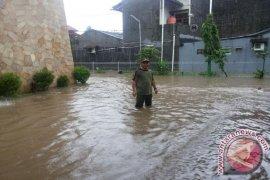 Dua Pemukiman Warga Bekasi Terendam Banjir Semeter