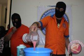 Gubernur Kaltim Saksikan Pemusnahan 2 Kilogram Sabu-Sabu