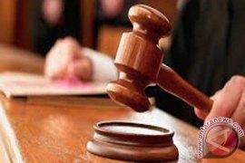 Mantan Kadishub Amuntai Dituntut 15 Bulan