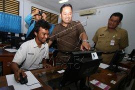 "Lima Sekolah Kota Tangerang Siap Laksanakan ""UN Online"""