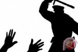 Delapan Oknum Polisi Aniaya Warga Aceh Barat
