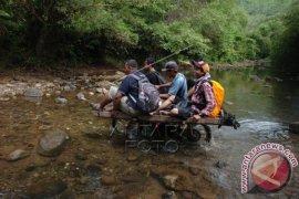Sarana Transportasi Kampung Terpencil