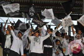 Ribuan Kader HTI Ramaikan Rapat Akbar