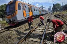 Pembebasan lahan jalur kereta api dimulai