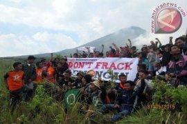 Warga Magetan Minta  Pemerintah Sosialisasikan Geotermal Lawu