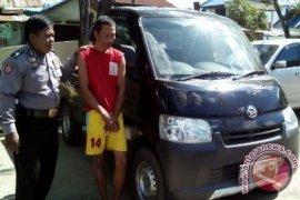 Polisi Banjarmasin Tangkap Pelaku Penggelapan Di Kaltim