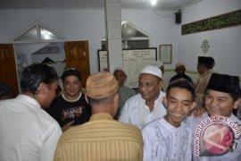 Pemprov Gorontalo distribusikan bantuan sembako saat Safari Ramadhan
