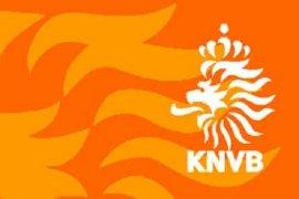 Guus Hiddink Resmi Mundur dari Timnas Belanda