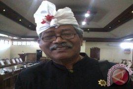 "Pementasan Joged ""jaruh"" nistakan budaya Bali"