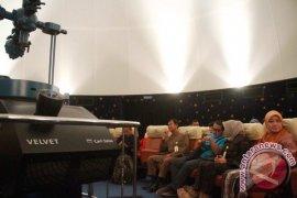 Disbudpar Kukar Optimistis PAD Planetarium Tenggarong Meningkat