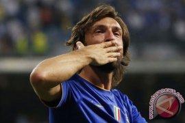 Andrea Pirlo resmi menjadi pelatih  baru Juventus