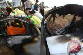 Tujuh orang meninggal dalam kecelakaan maut di Tol Cipali