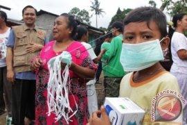 BPBD Banyuwangi Bagikan Ribuan Masker terkait Raung