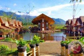 Dua hotel terbaik di Garut ajak wisata tinggal di atas air
