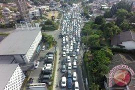 Simpang Gadog kembali padat arah Cianjur
