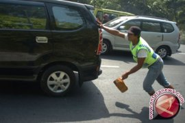Jasa Ganjal Ban Mobil Pemudik