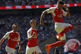 Chamberlain akhiri kutukan Mourinho terhadap Wenger