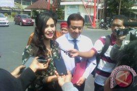 Artis Ikke Jadi Saksi Datangi Polda Bali