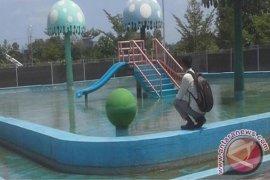 Pemuda Pemerhati Pertanyakan Waterboom Pemkab Batanghari