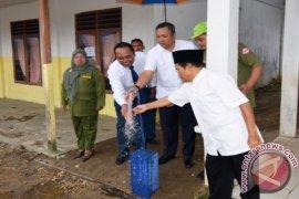 Bupati Resmikan Program Air Bersih