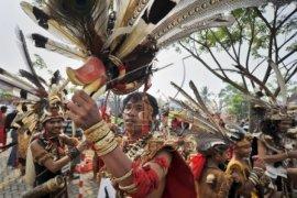 Karnaval Khatulistiwa Raih Penghargaan Museum Rekor Dunia