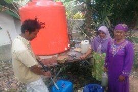 Indocement Bantu Sarana Air Bersih Desa Lulut