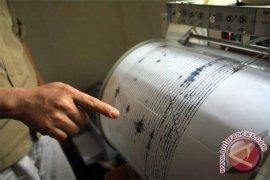 Gempa 7,7 SR buat warga Gorontalo panik