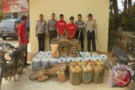 Polisi Sarolangun tangkap penimbun solar