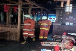 Restoran Ramen Di Margo City Terbakar