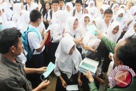 Kabut Asap Ganggu Siswa Sekolah Pegunungan Meratus