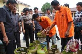 Polres Asahan Ungkap Pengoplos Elpiji Subsidi