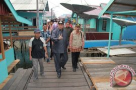 Wali Kota Tinjau Program Kemensos di Wilayah Pesisir