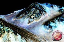 Ilmuwan temukan bukti adanya aliran air di Mars